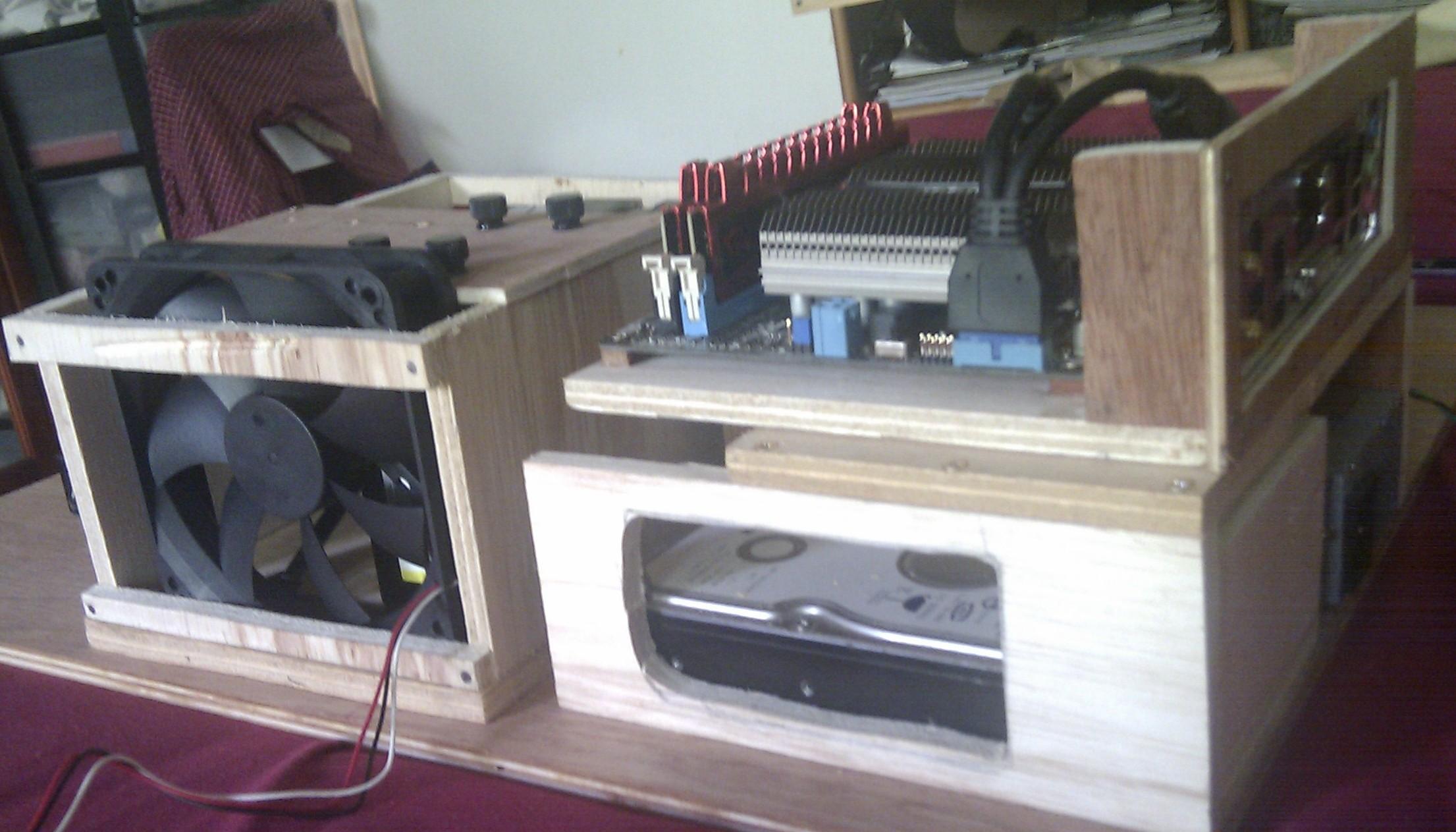 Fabrication dun boitier NAS en bois MK1  Personnalisation de PC  ~ Boitier Pc En Bois