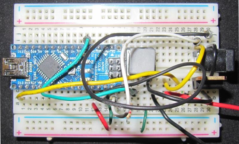 contrôleur de LED basique sur breadboard