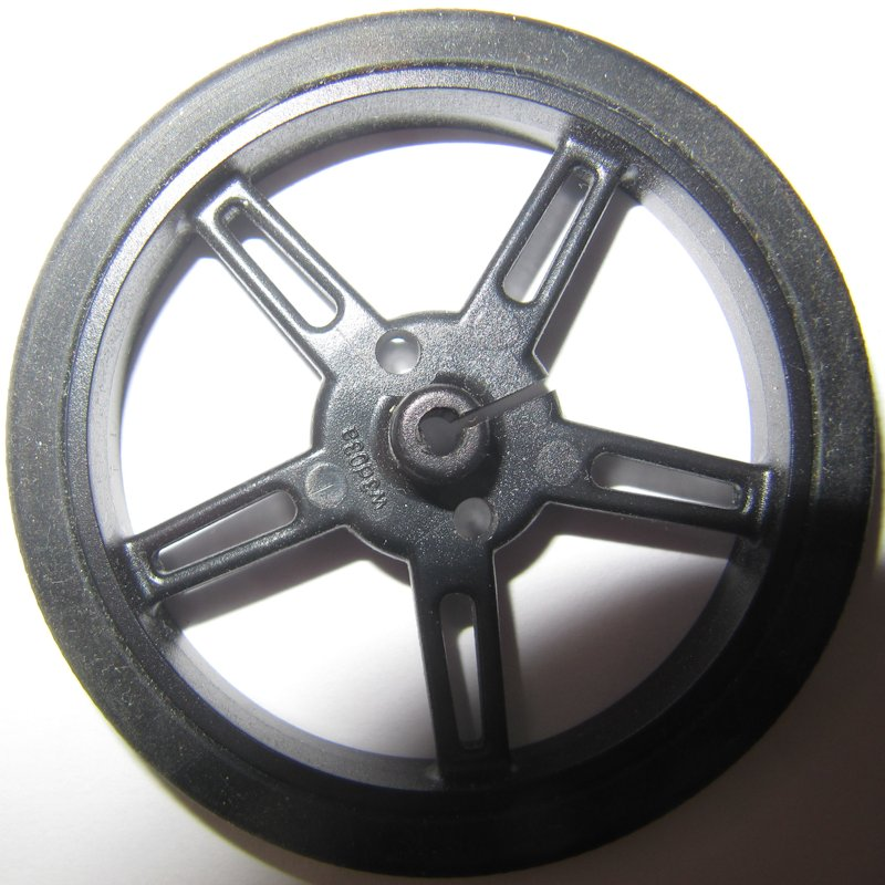 roue pololu de 70mm, avec axe central en D.