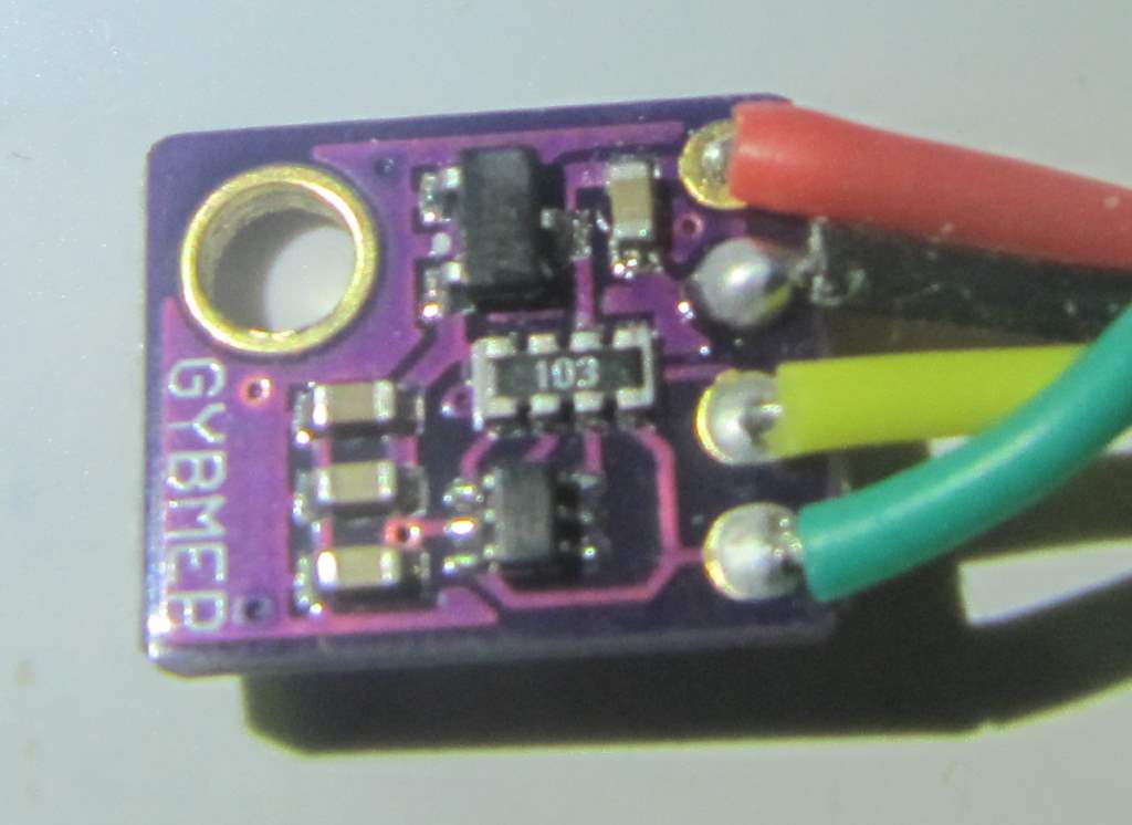 bme280 de l'arrière (côté opposé au capteur)